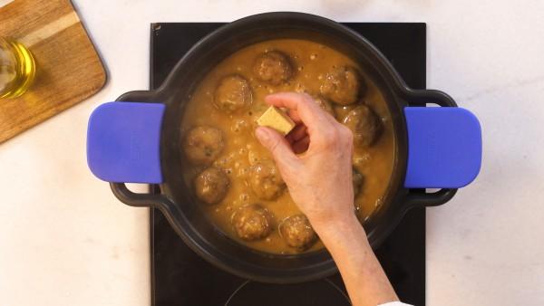 Paso 3 albóndigas en salsa de la abuela
