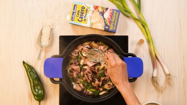 Paso 1 arroz caldoso con chipirones