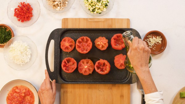 Paso 1 tomates rellenos de verduras