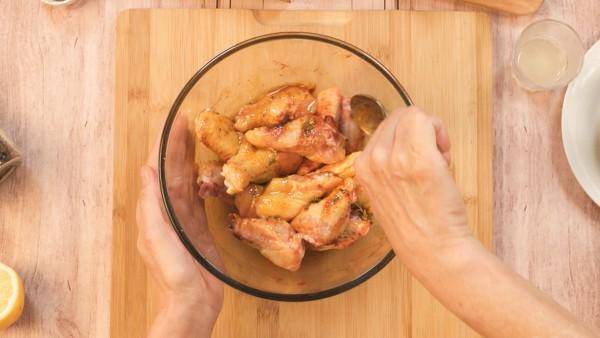 Paso 1 alitas de pollo al horno
